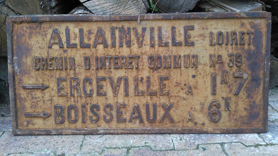 OUTARVILLE ALLAINVILLE 2 ARRIVEE