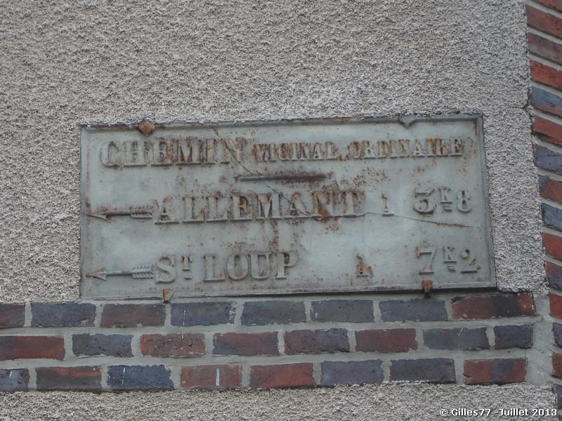 51 BROUSSY LE PETIT 1 rue de Champigny