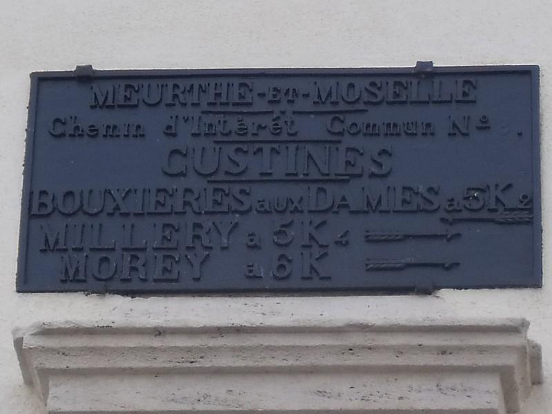 CUSTINES 54