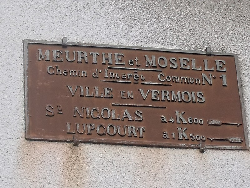 VILLE EN VERMOIS 54