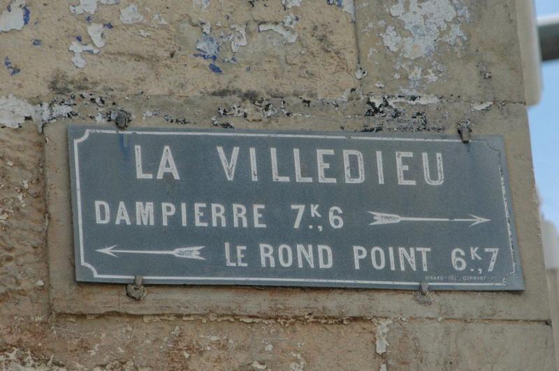 17 LA VILLEDIEU (17) plaque routière 3466