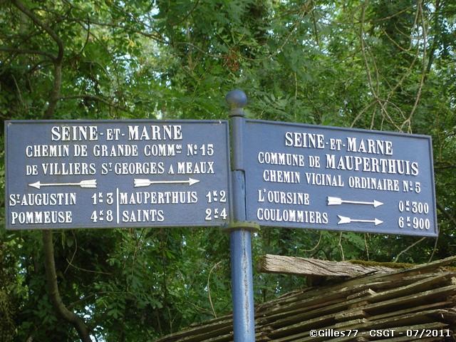 77 MAUPERTHUIS CD15 rue de Melun - Rue de l'Oursine