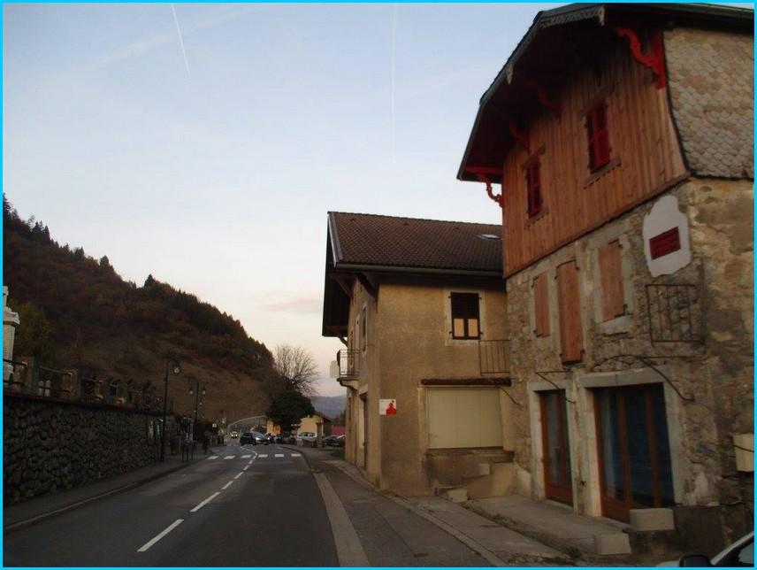 Maison de la haute savoie paris ventana blog for Achat maison yvoire
