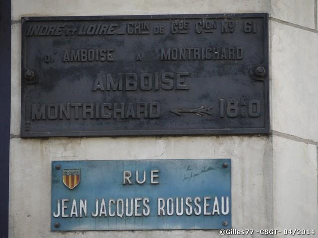 37 AMBOISE rue JJ Rousseau sur la facade de banque