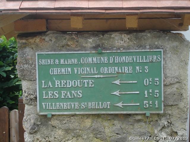 77 HONDEVILLIERS chemin du Gros buisson - rue du Pré du ch