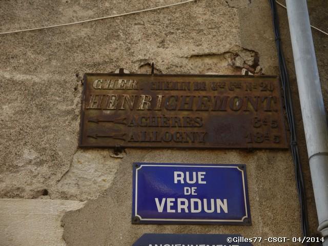 18 HENRICHEMONT rue de Verdun - place Henri IV