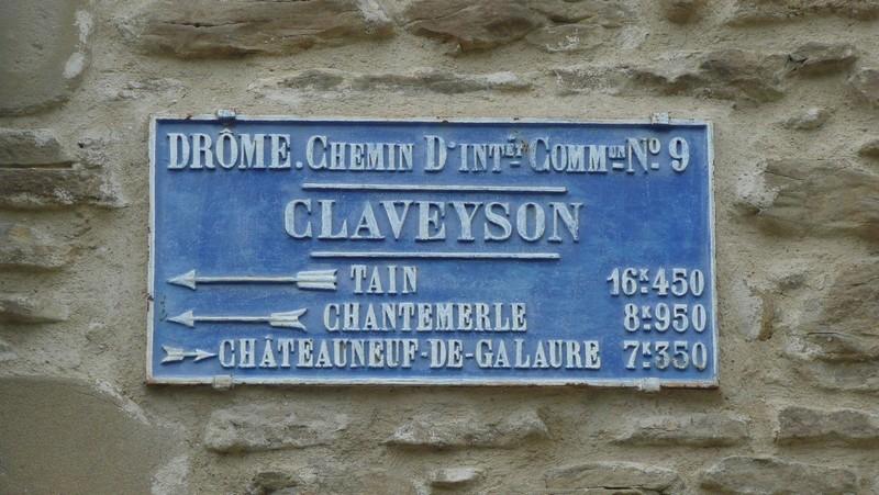 26 - Claveyson