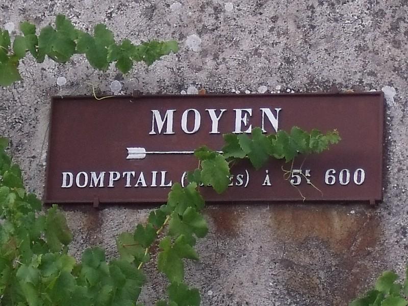 Moyen ,le departement des Vosges est en partie caché ,juil