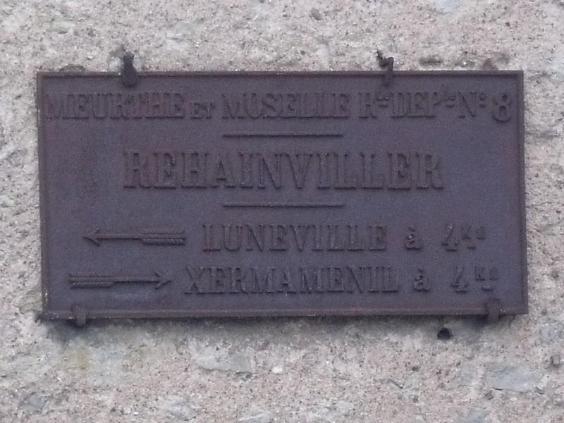 Rehainviller ,belle plaque patinée ,juillet 2011